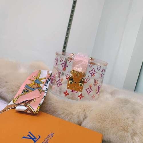Louis Vuitton Fashion portable ribbon bow fashion with INS diagonal chain transparent one shoulder cosmetic bag #99899350