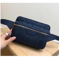 Louis Vuittou AAA Handbags #99895822