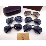 Louis Vuitton AAA Sunglasses #99896459