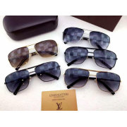 Louis Vuitton AAA Sunglasses #99896460