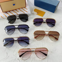 Louis Vuitton AAA Sunglasses #99897594