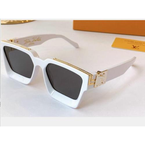 Louis Vuitton AAA Sunglasses #99899354