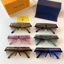 Louis Vuitton AAA Sunglasses #99900840