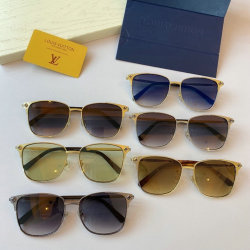 Louis Vuitton AAA Sunglasses #99901445