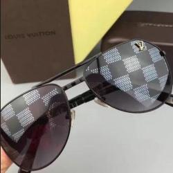 Louis Vuitton AAA Sunglasses #99904586