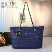 Louis Vuitton Handbags #893798
