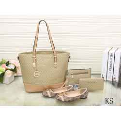 Michael Kors Handbags #992311
