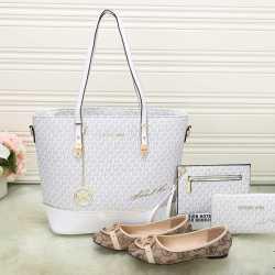 Michael Kors Handbags #992317