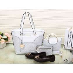 Michael Kors Handbags #992322