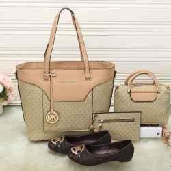 Michael Kors Handbags #992337