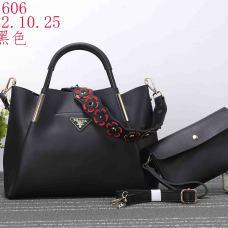 Prada Handbags #907199