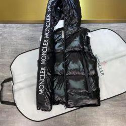 Moncler Down Vest for Men #99912409