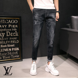 Louis Vuitton Jeans for MEN #9121075