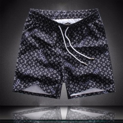 Louis Vuitton Short Pants for men  #996901