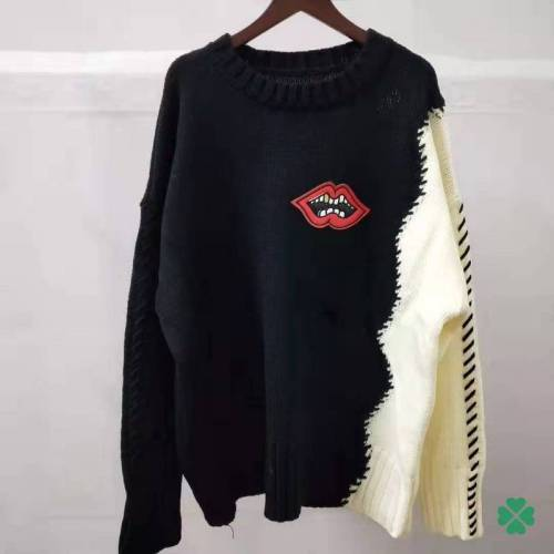 Gucci Women's Sweaters #9873469