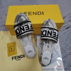 Fendi shoes for Fendi slippers for women #99905606