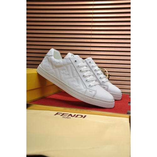 Fendi shoes for Men's Fendi Sneakers #99908755