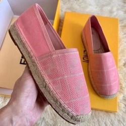 Fendi shoes for Women's Fendi Sneakers #99906256