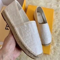 Fendi shoes for Women's Fendi Sneakers #99906257