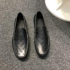 Gucci Shoes for MEN #989034