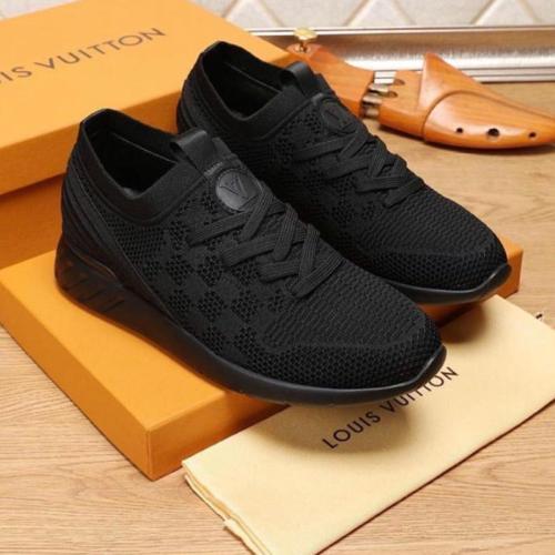 Louis Vuitton Black Shoes for Men's Louis Vuitton Sneakers #99898213