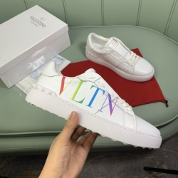 Valentino Shoes for men and women Valentino Sneakers #99908613