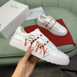 Valentino Shoes for men and women Valentino Sneakers #99908616