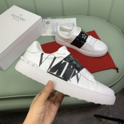 Valentino Shoes for men and women Valentino Sneakers #99908617